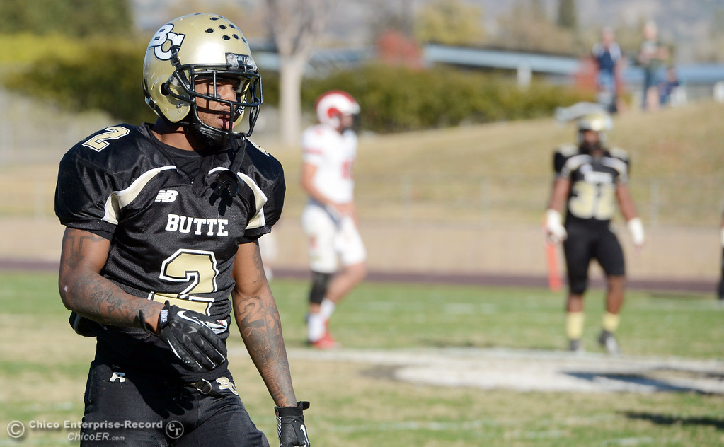 . Butte College\'s #2 Deonte Flemings against Fresno City College in the third quarter of their football game at Butte\'s Cowan Stadium Saturday, November 30, 2013 in Butte Valley, Calif.  (Jason Halley/Chico Enterprise-Record)