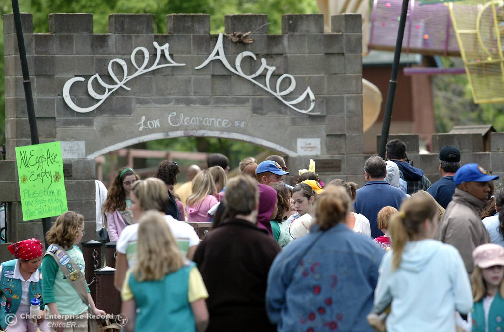 . Hundreds of children and parents attend the annual C.A.R.D. Easter Egg Hunt at Caper Acres in this file photo from April 2007. (Bill Husa/Chico Enterprise-Record)