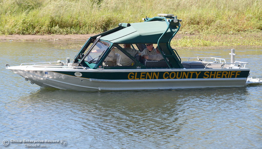 . The Glenn County Sheriff\'s boat patrols Pine Creek near Scotty\'s Boat Landing on Labor Day Monday, Sept. 2, 2013. (Bill Husa/Staff Photo)