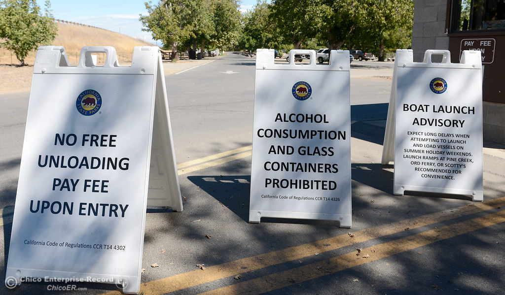 . Signs posted at the entrance to the Irvine Finch boat Launch on Labor Day Monday, Sept. 2, 2013. (Bill Husa/Staff Photo)