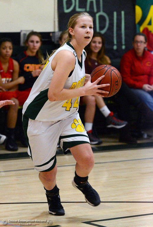 . Paradise High\'s #44 Emilee Heinke dribbles against Chico High in the second quarter of their girls basketball game at PHS Tuesday, February 18, 2014 in Paradise, Calif.  (Jason Halley/Chico Enterprise-Record)