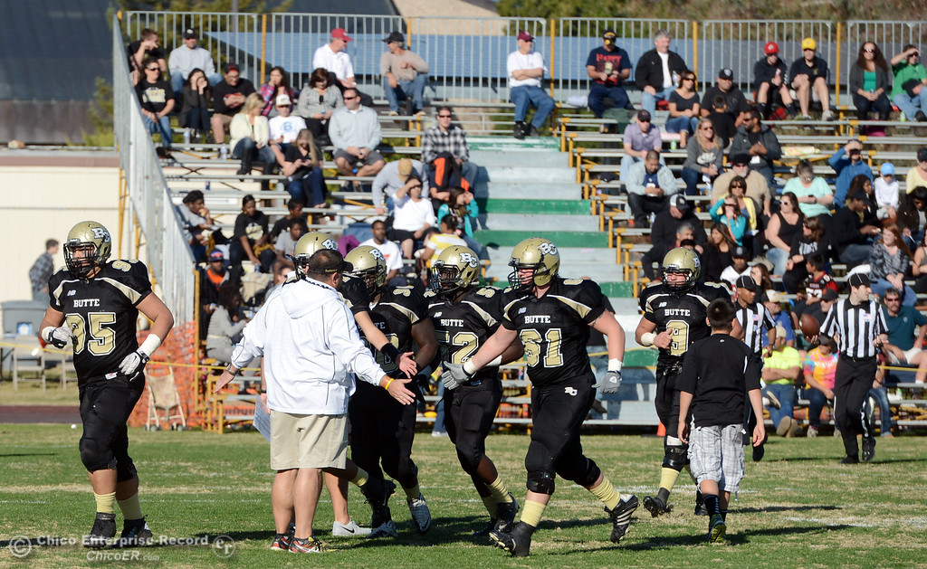 . Butte College against Fresno City College in the third quarter of their football game at Butte\'s Cowan Stadium Saturday, November 30, 2013 in Butte Valley, Calif.  (Jason Halley/Chico Enterprise-Record)