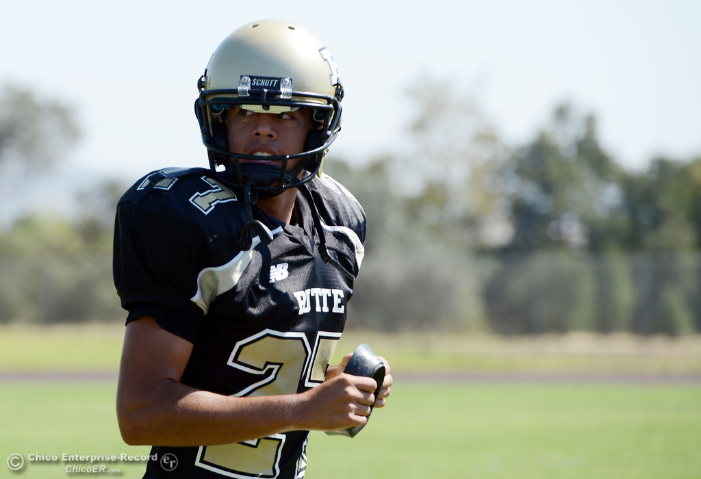 . Butte College\'s #27 Rigoberto Sanchez looks on against College of the Siskiyous in the second quarter of their football game at Butte\'s Cowan Stadium on Saturday, September 14, 2013, in Oroville, Calif. (Jason Halley/Chico Enterprise-Record)