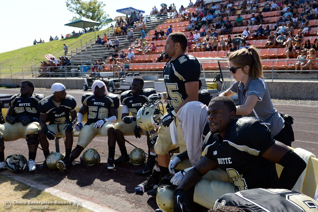 . Butte College against College of the Siskiyous in the third quarter of their football game at Butte\'s Cowan Stadium on Saturday, September 14, 2013, in Oroville, Calif. (Jason Halley/Chico Enterprise-Record)